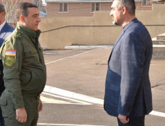 E. Martirosyan Visited Border Guard Troops