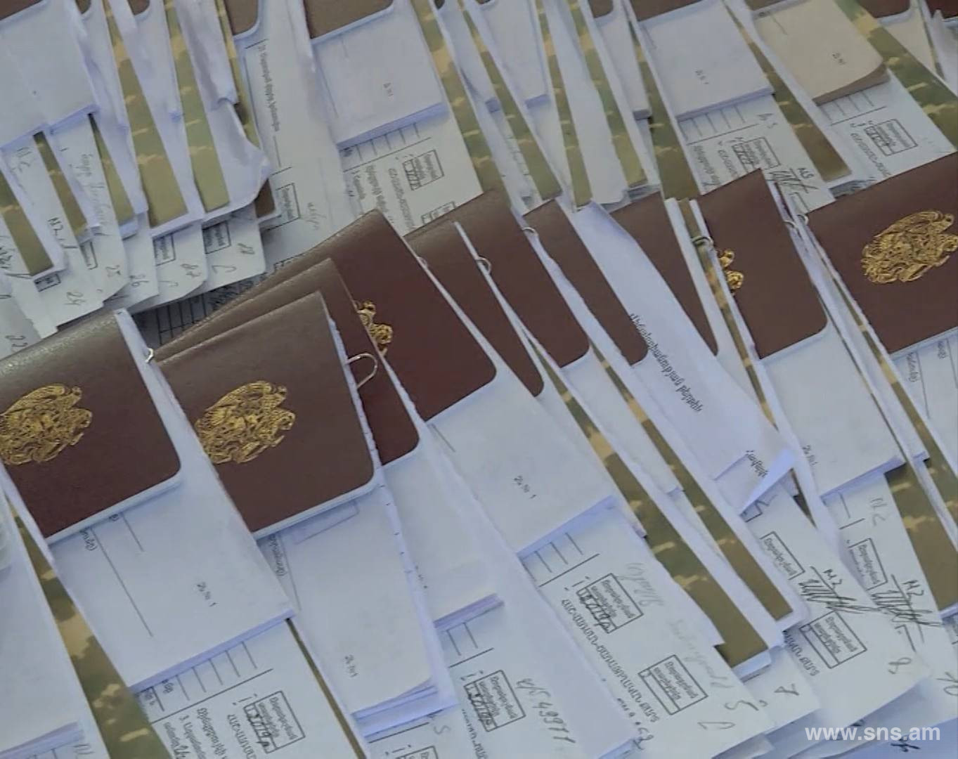 Cases of Receiving Deferment of Fixed-Term Military Service and Premature Demobilization, With False Medical Documents, in Exchange for Bribe, Detected