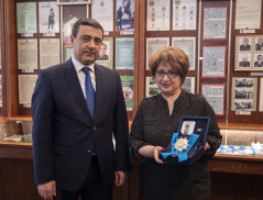 Eduard Martirosyan handed Order of Honor of Gohar Vardanyan to the niece of the legendary intelligence officer