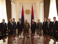 The Director of the NSS of RA rewarded the veterans of the national security bodies who participated in the Great Patriotic War