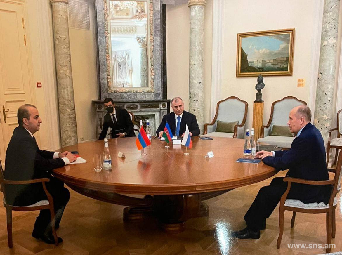 On Meeting of Directors of Federal Security Service of Russian Federation, National Security Service of Republic of Armenia and State Security Service of Republic of Azerbaijan